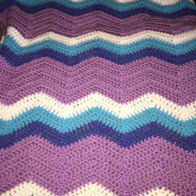 Chevron Toddler or Crib Blanket-img_0293-jpg