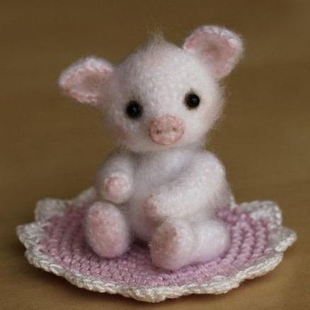 Pretty in Pink-baby-pig-jpg