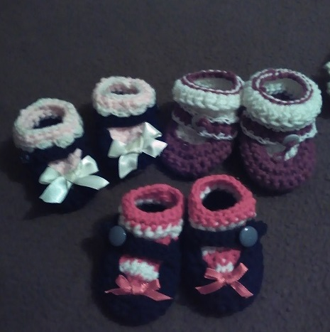 raggety ann/andy baby set-booties-jpg