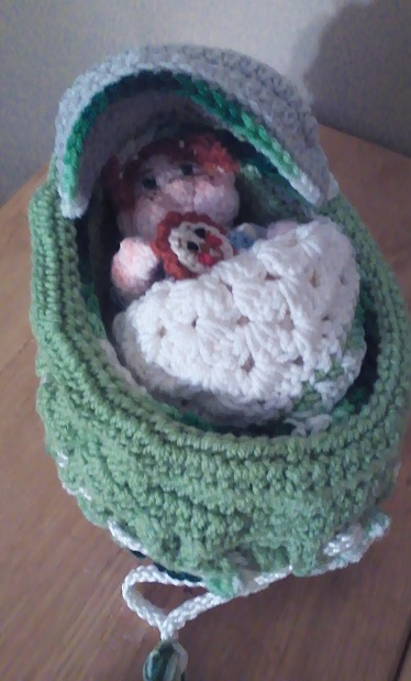 Bassinet Bag Babies-baby-green1-jpg