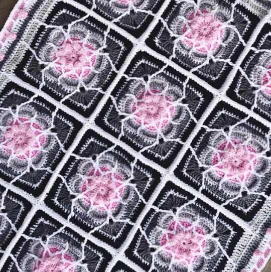 Loops of Flowers Afghan-loops-flower3-jpg