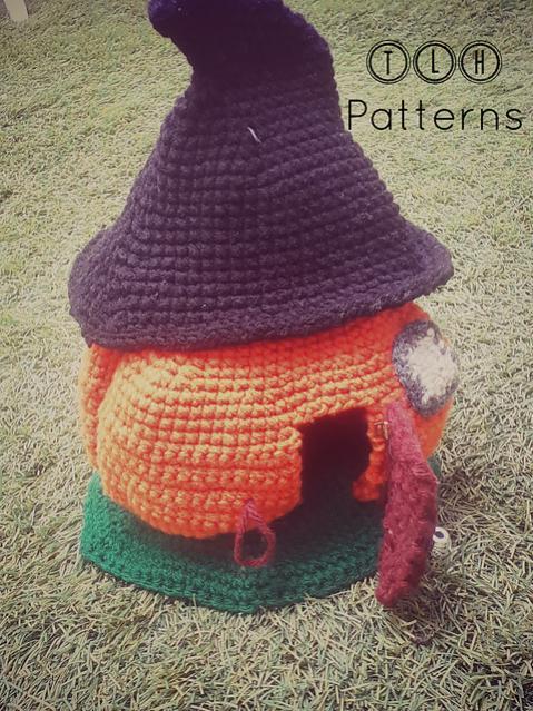 Pumpkin House wirh Witch Hat Roof-pumpkin1-jpg