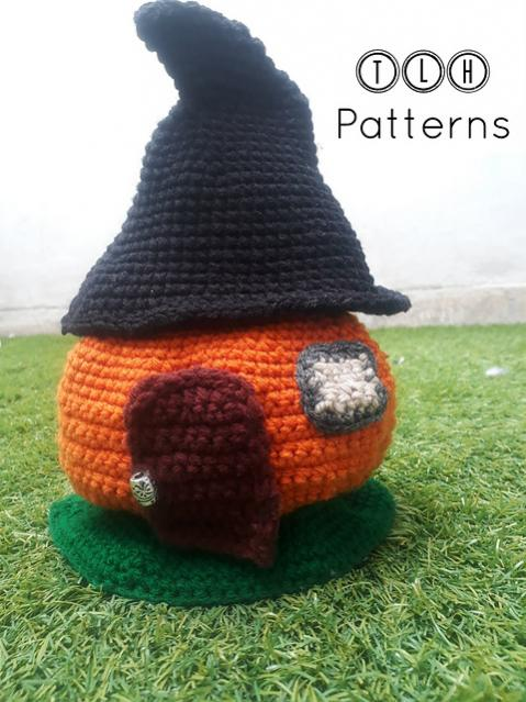 Pumpkin House wirh Witch Hat Roof-pumpkin3-jpg