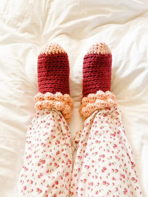 Bobble Slipper Socks for Women, size 5-12 adjustable-socks4-jpg