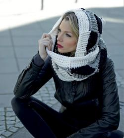 Black and White Scoodie for Women-scoodie1-jpg