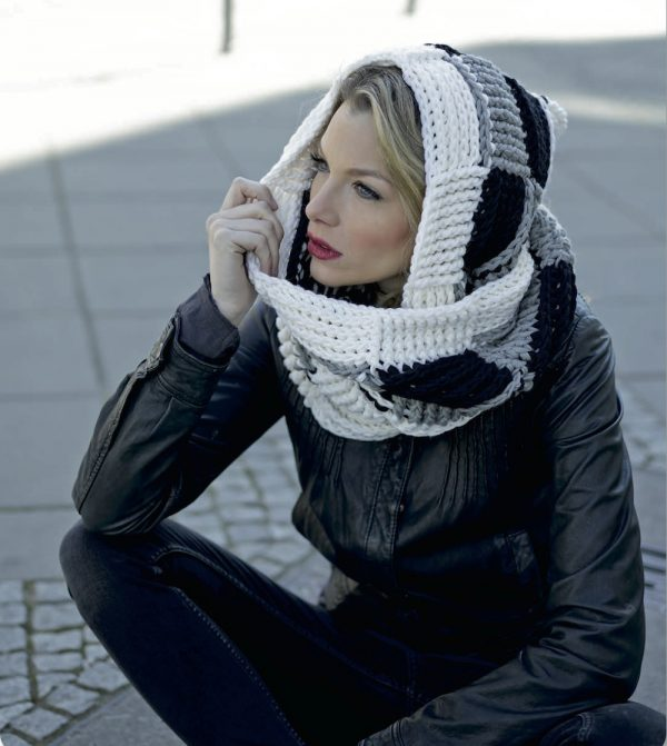 Black and White Scoodie for Women-scoodie2-jpg