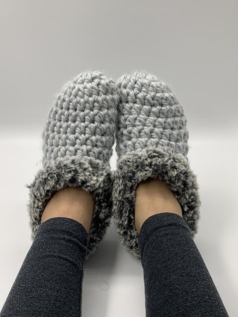 Comfy Slippers for Women, size 5-12-comfy1-jpg