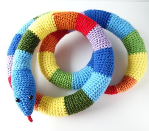 Rainbow Snake Free Crochet Pattern (English)-rainbow-snake-free-crochet-pattern-jpg