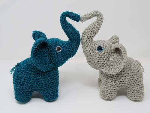 Love Elephants Free Crochet Pattern (English)-love-elephants-free-crochet-pattern-jpg