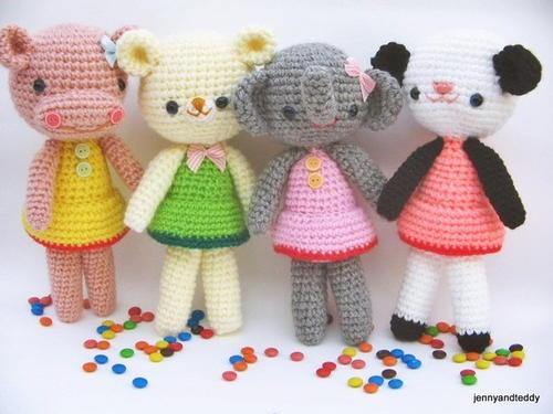 Girlgang Amigurumi Free Crochet Pattern (English)-girlgang-amigurumi-free-crochet-pattern-jpg