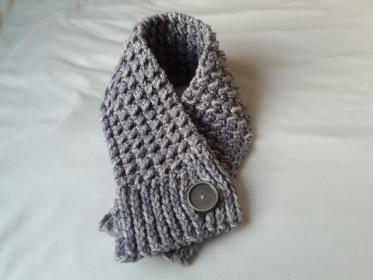 Quick and Comfy Scarf for Women-cowl3-jpg