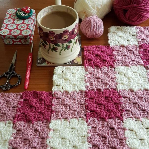 C2C Gingham Blanket-blanket4-jpg