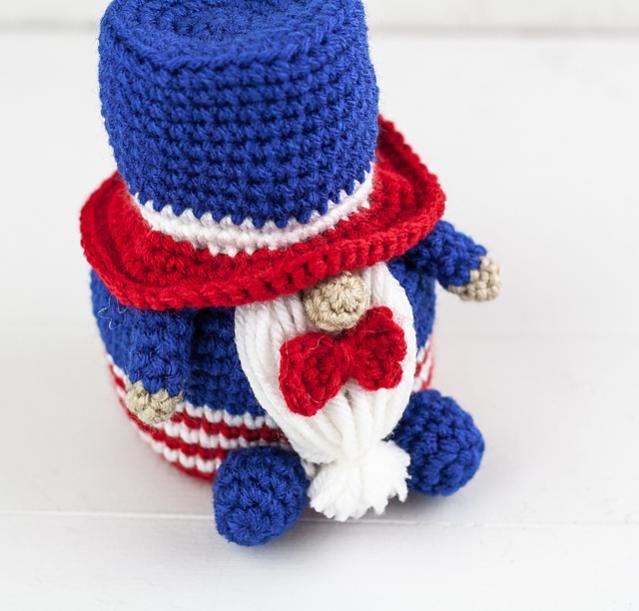 The Thirteenth Gnome-Patriotic Gnome-gnome2-jpg
