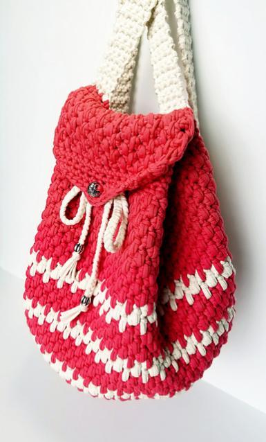 How to Crochet Backpack-back3-jpg