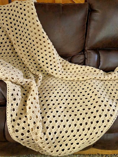 Classically Simple Shell Blanket-blanket3-jpg
