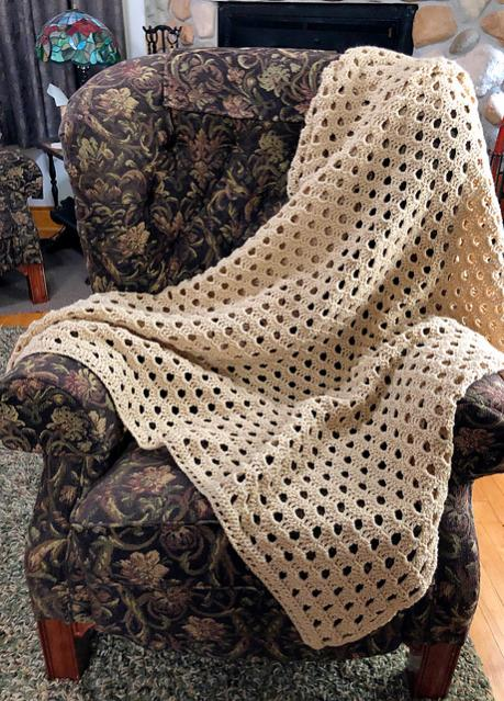 Classically Simple Shell Blanket-blanket4-jpg