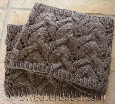 Sophisticated Cable and Lace Cowl for Women, knit-e1-jpg