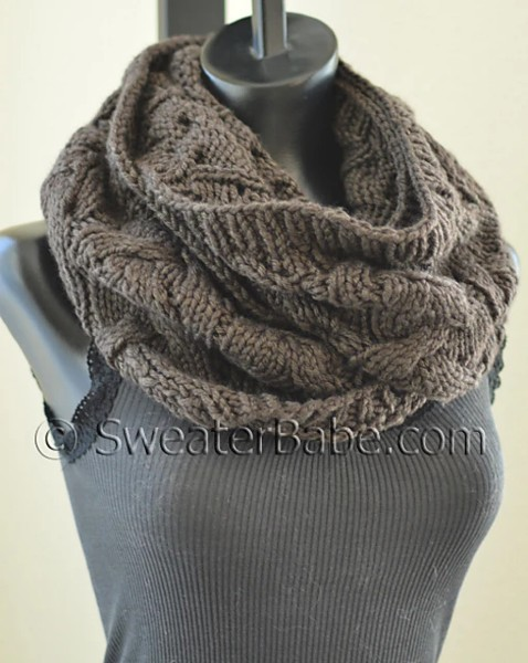 Sophisticated Cable and Lace Cowl for Women, knit-e2-jpg