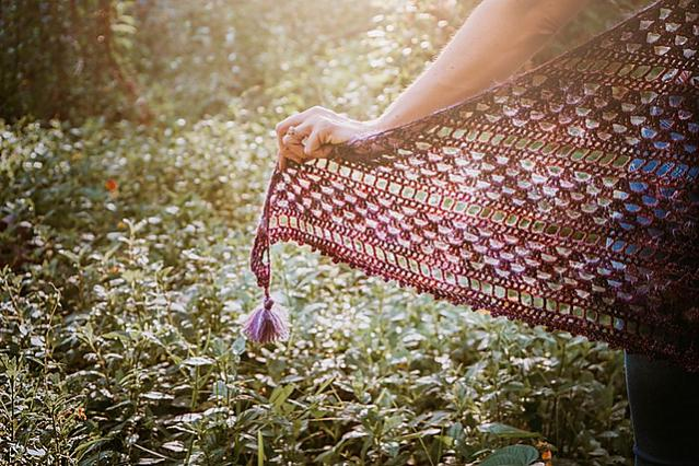 Picot Crochet Shawl for Women, ad-fee PDF free for a limited time on blog-b4-jpg