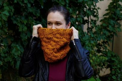 Selciato Cowl for Women, knit-z3-jpg