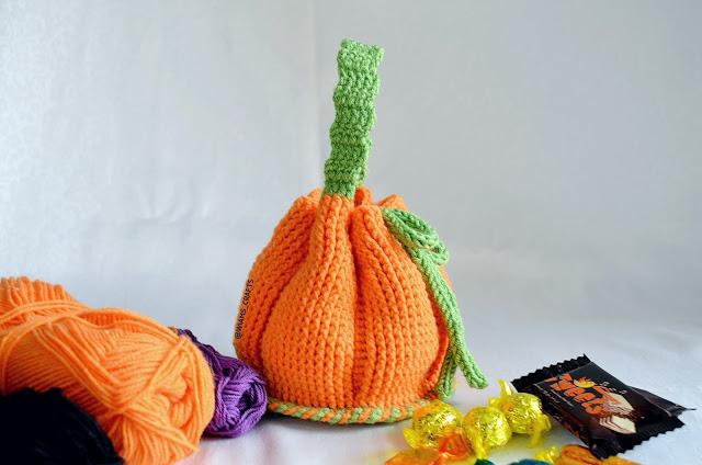 Trick or Treat Pumpkin Bag-a2-jpg