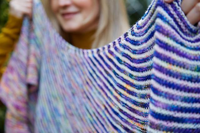 Fading Stripes Shawl, knit-s3-jpg