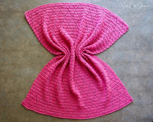 Petunia Lace Diamond Baby Blanket-w3-jpg