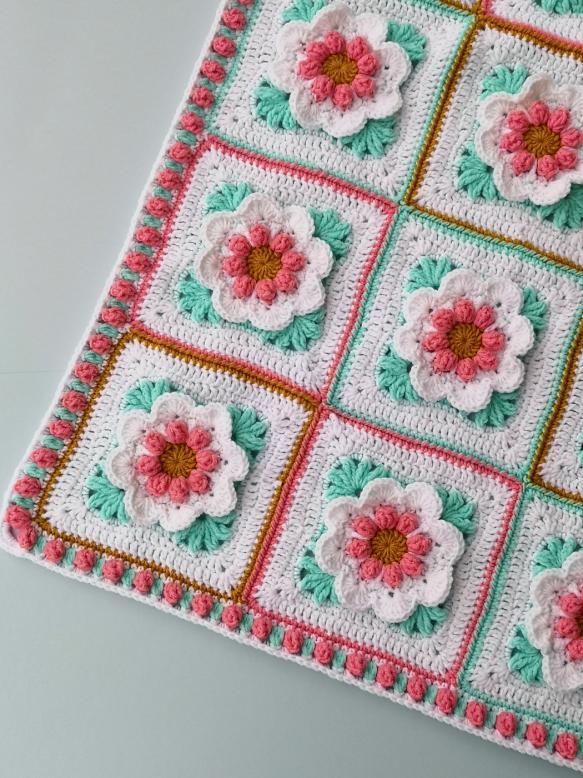 Baby Girl Blanket with 3D Flowers-q3-jpg