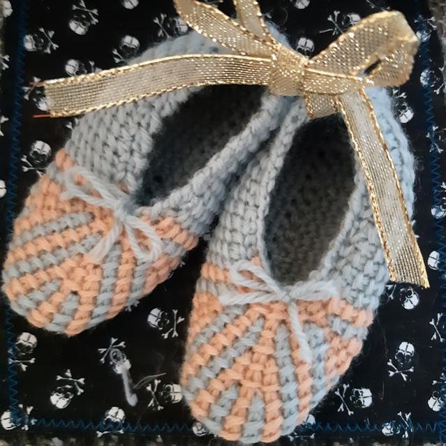 Ashvini Tunisian Slippers, baby 0-13 mos, youth size 1-6, women size 7-12.5-e2-jpg