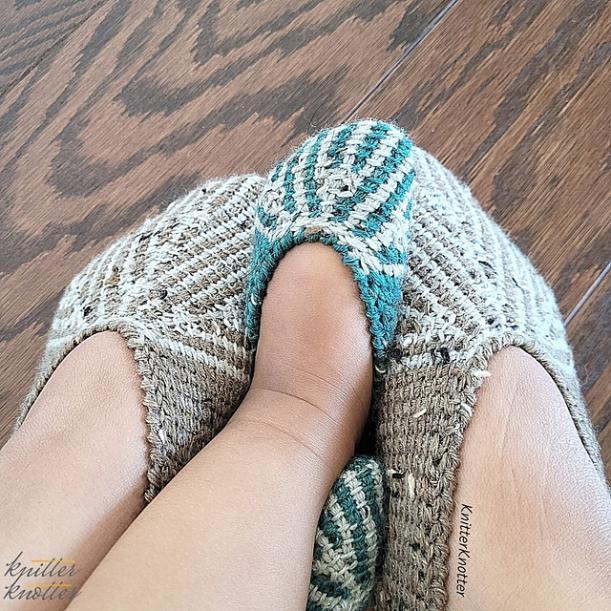 Ashvini Tunisian Slippers, baby 0-13 mos, youth size 1-6, women size 7-12.5-e3-jpg